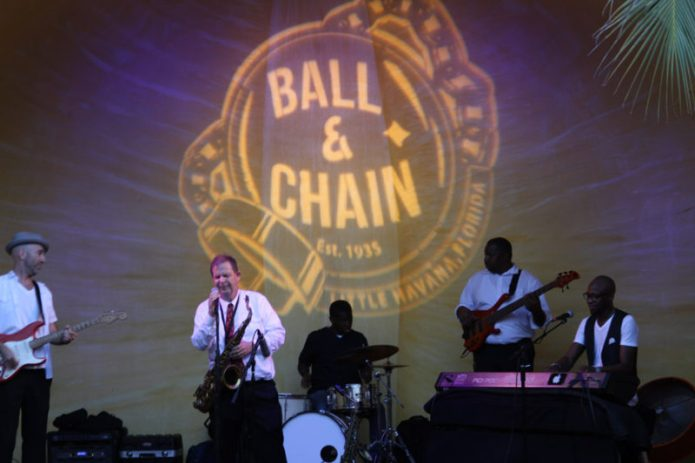 lemoncityrhythmsection_ballandchain_255
