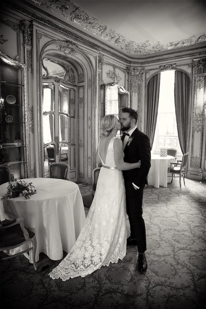 Savile Club Wedding Photography - Emma & Jack 40