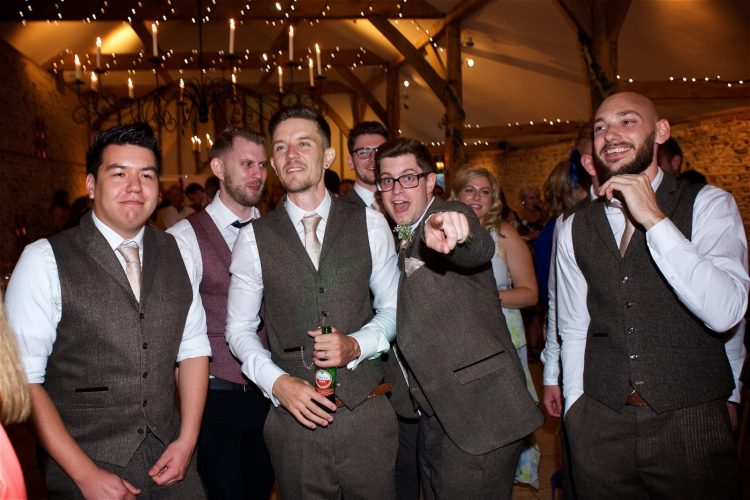 upwaltham-barns-summer-wedding-banda-603