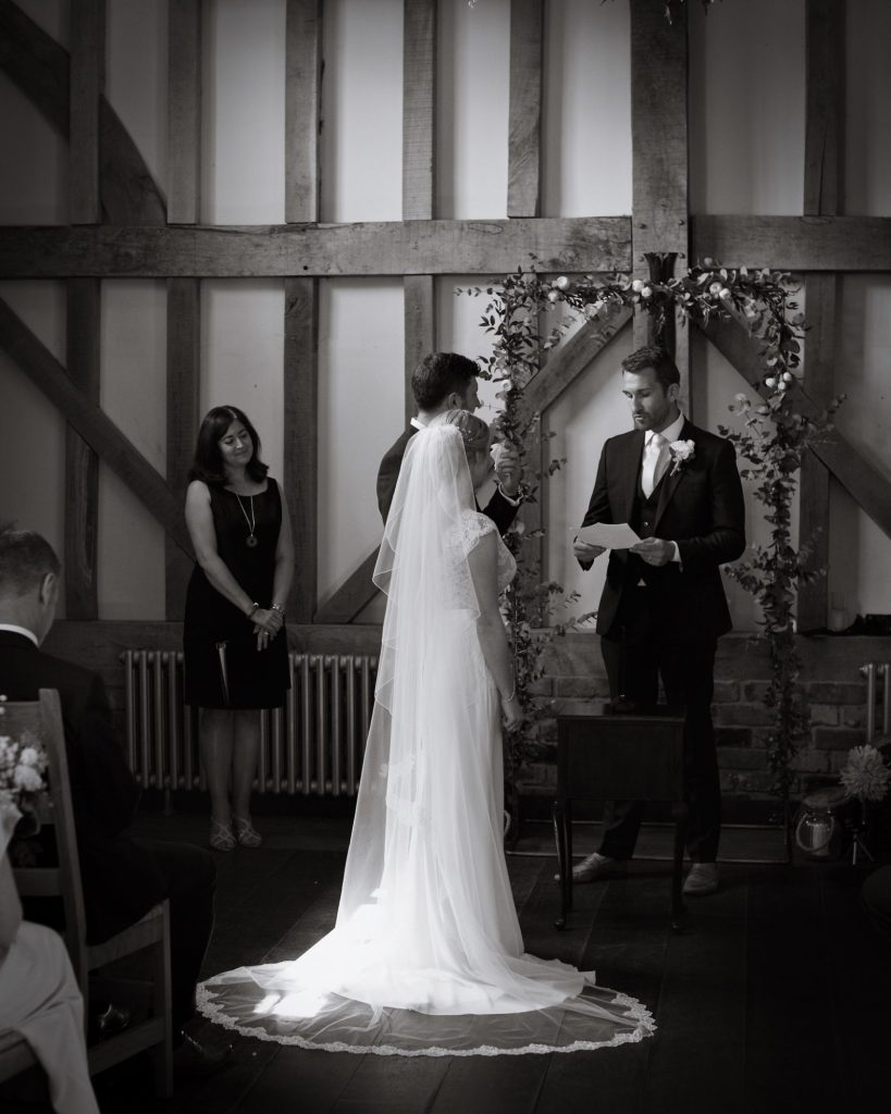 gate-street-barn-july-wedding-photography-nandd-208