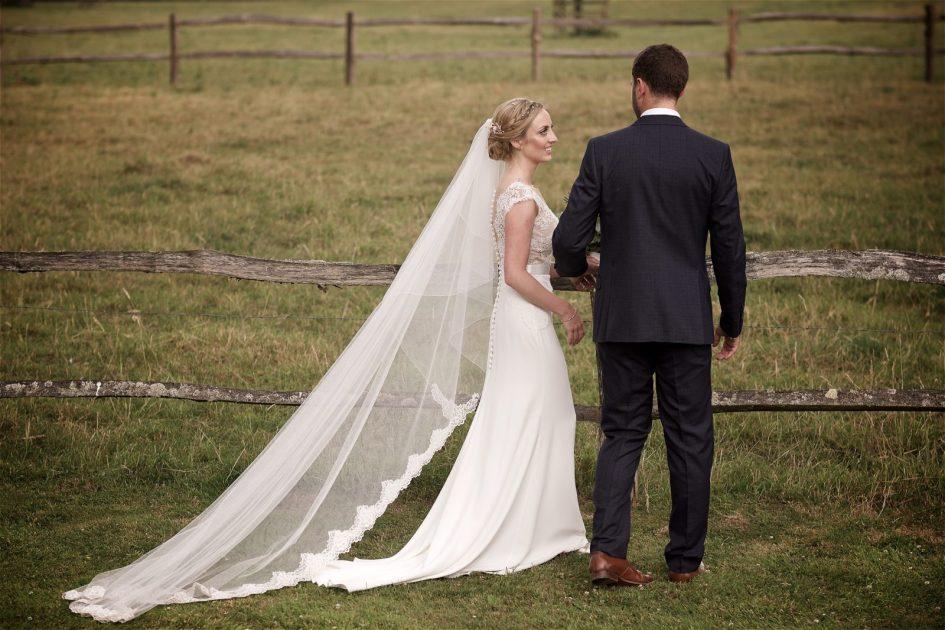 gate-street-barn-july-wedding-photography-nandd-411