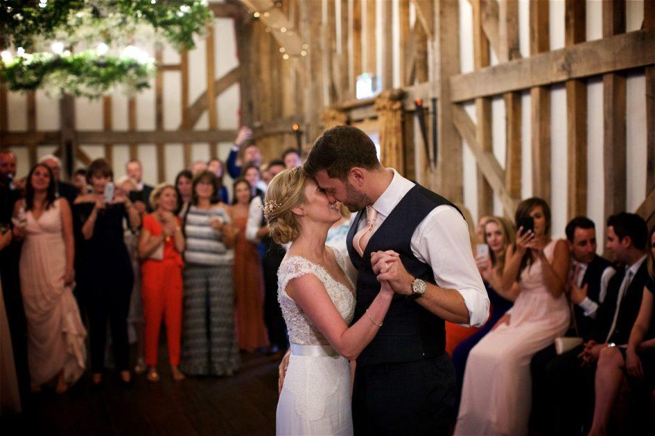 gate-street-barn-july-wedding-photography-nandd-636