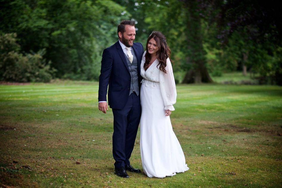 wivelsfield-wedding-photography-landb-533