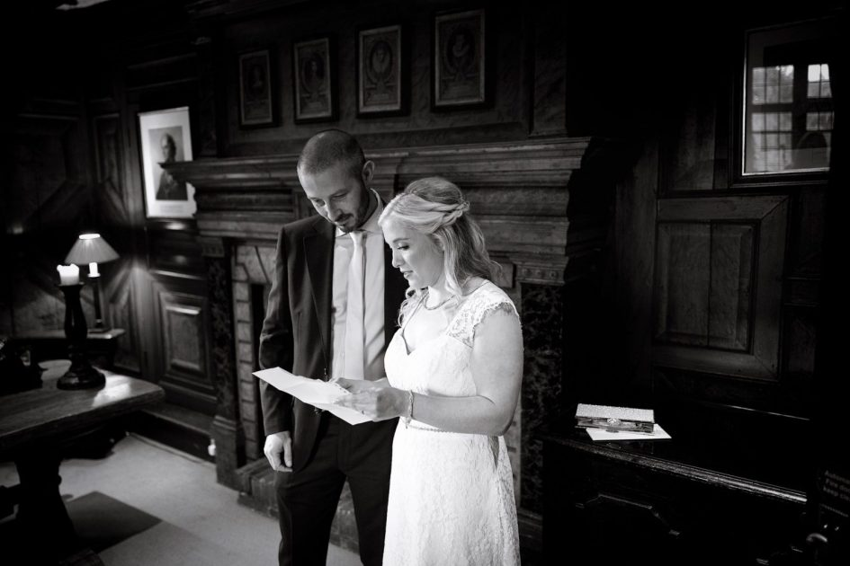amberley-castle-small-wedding-photography- 110