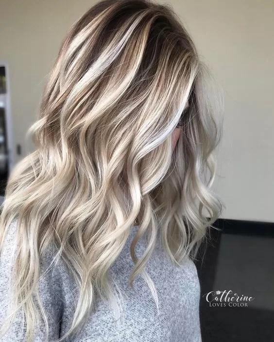 Gorgeous Blonde Balayage Hairstyle Ideas - Balayage Hair Color Trends