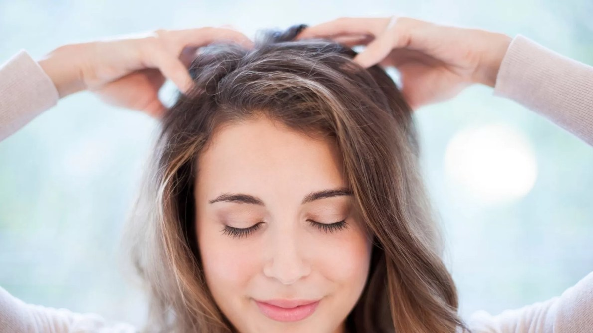 The Health And Beauty Benefits Of A Scalp Massage | HuffPost Life