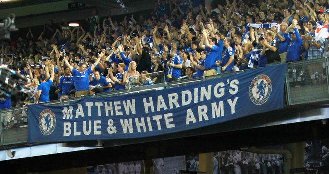 Chelsea-fans-Yankee-Stadium-Chelsea-vs-PSG_2800124