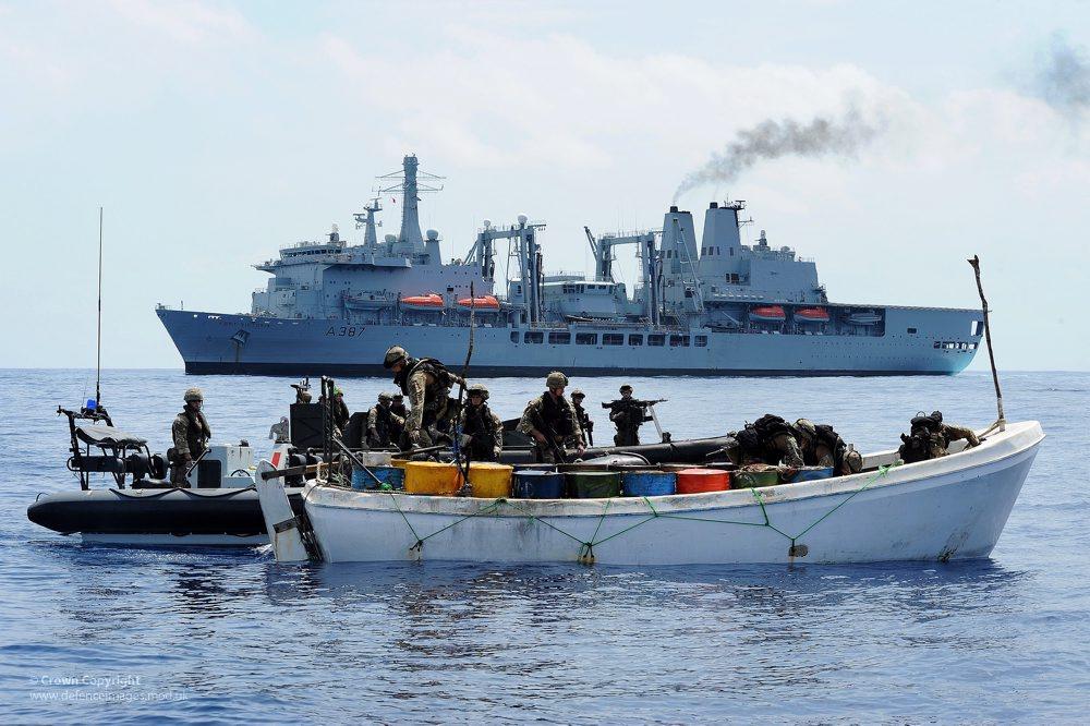 somali-pirates-royal-navy