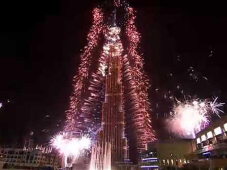 dubai-sets-a-world-record-with-the-worlds-largest-fireworks-display-on-new-years-eve