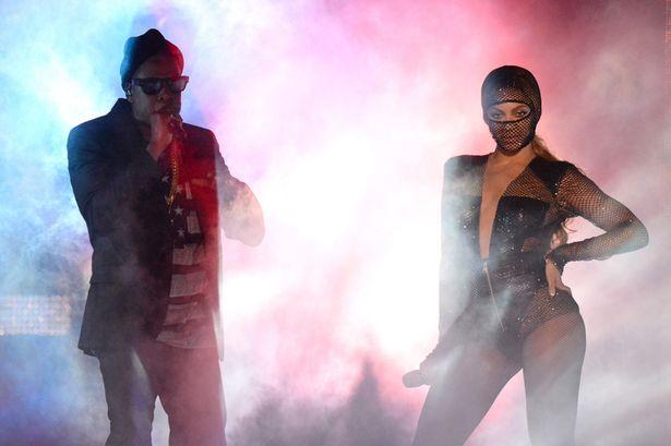 On-The-Run-Tour-Beyonce-And-Jay-Z-Sun-Life-Stadium-florida