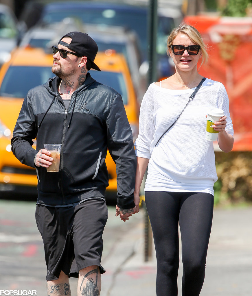 Cameron Diaz Reportedly Pregnant With TwinsCameron Diaz Pregnant Age