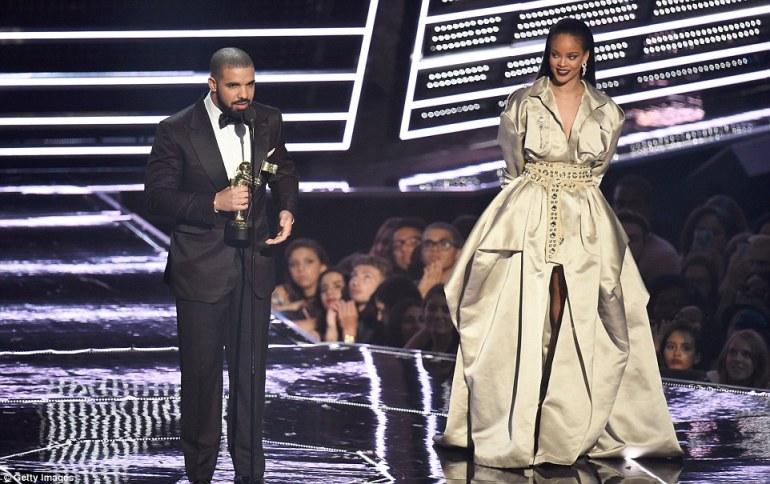 Drake Rihanna5
