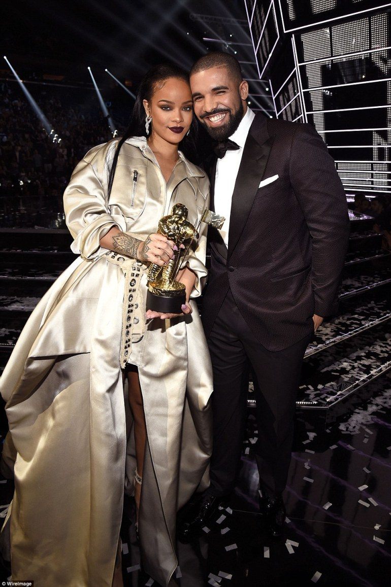 Drake Rihanna7
