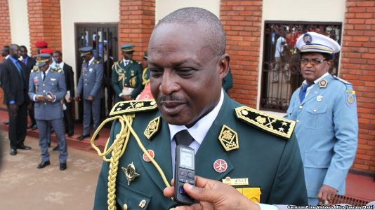 Army promotes Diya, 122 senior officers
