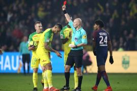 Tony Chapron Issuing A red card to diego carlos after kicking himm
