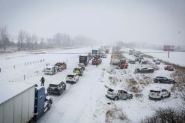 snowy 100 car pile-up in Iowa