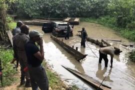 smugglers toyoya sunk in river