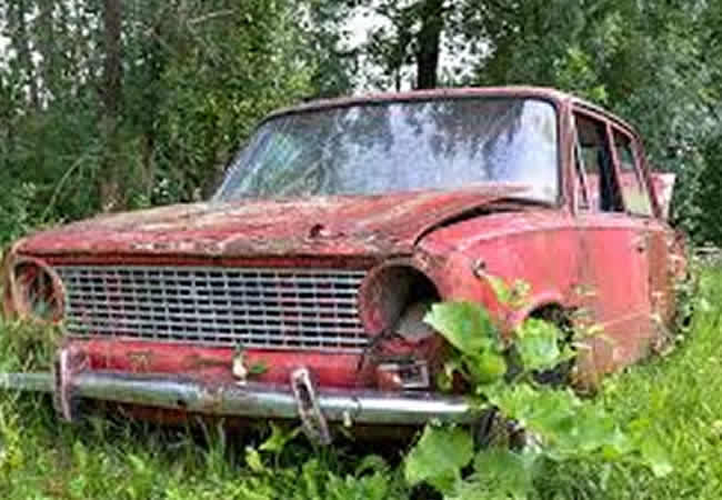 abandoned car that three kids were found inside