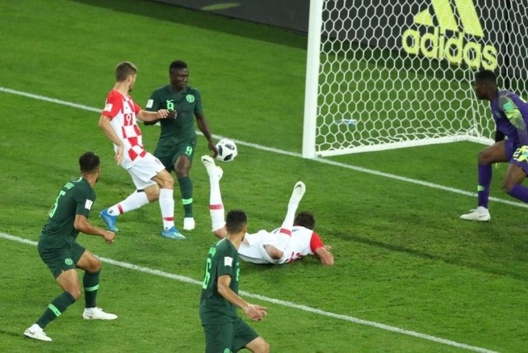 Croatia vs Nigeria, Etebo's own goal