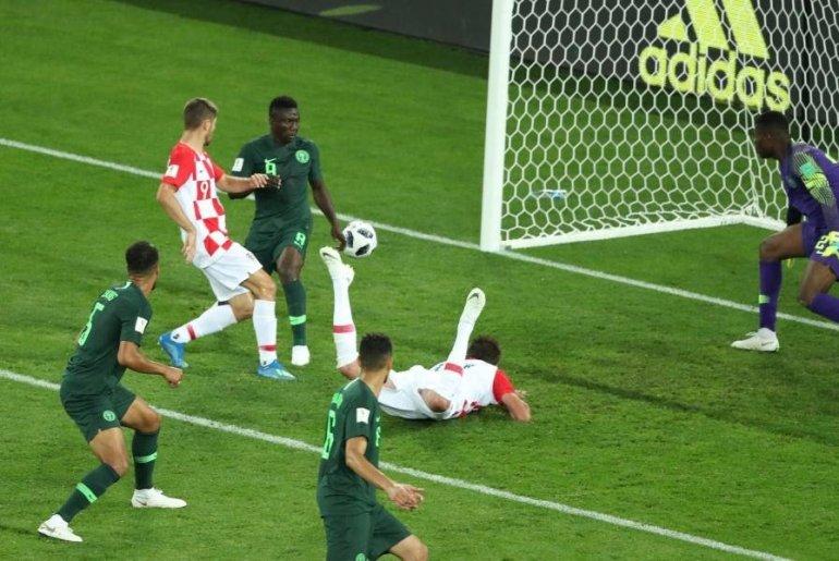 Croatia vs Nigeria, Etebo's own goal
