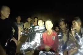 Thai boys rescue attempt from flooded cave
