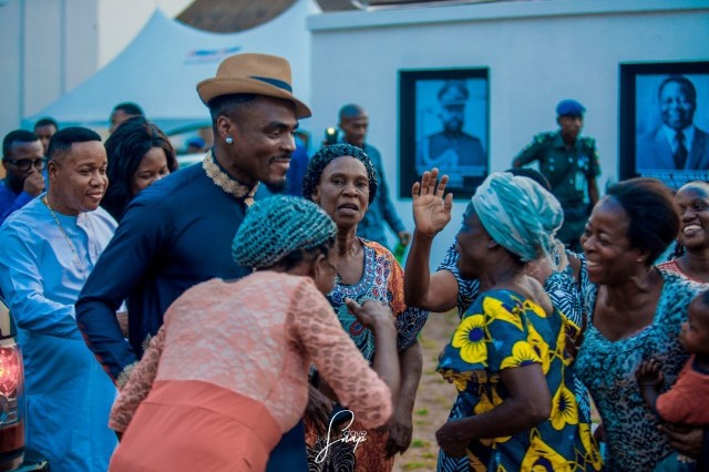 Photos: Emenike's Housewarming Ceremony