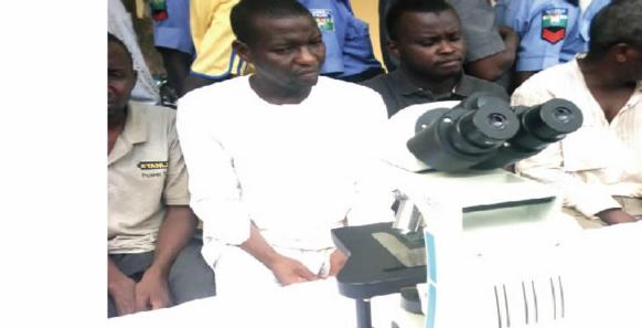 Man exchanges microscope worth 1.7m for N5,000 cash naija news today