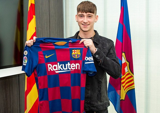 Louie Barry moves to FC Barcelona