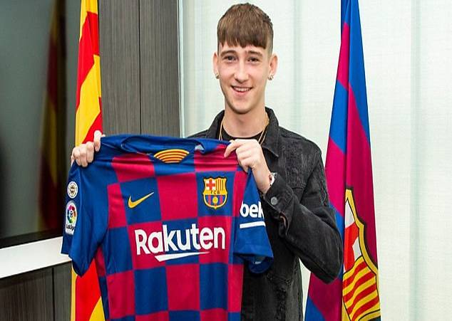 barcelona-beat-psg-to-sign-16-year-old-english-striker-barry
