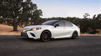 The Toyota Camry 2020 TRD
