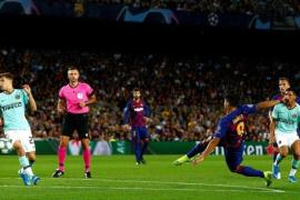Luiz Suarez grabs brace as Barcelona beat Inter at home
