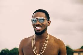 D'banj fans go Gaga as he performes with lady