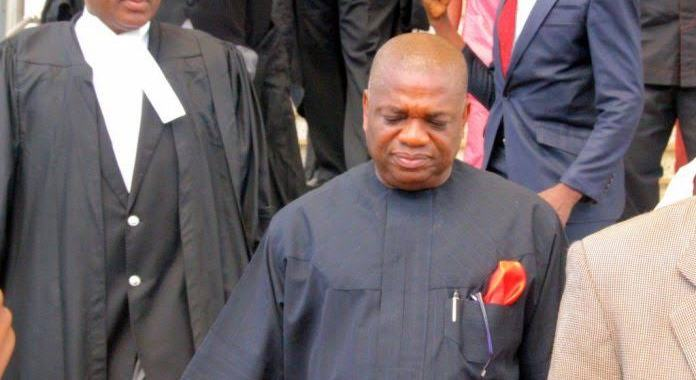"Nigerians fearlessly call Ex-Gov Orji Uzor Kalu ""Thief"" following his conviction"