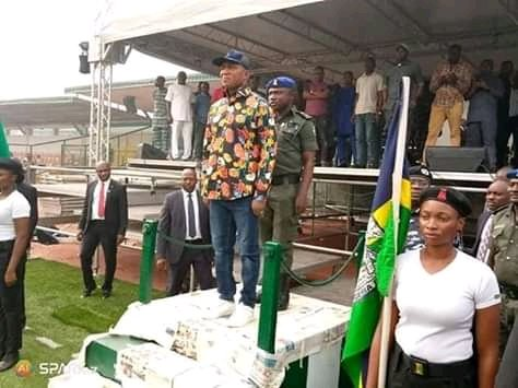 Photos of Sacked David Lyon Rehearsing for Swearing-in Ceremony Emerge