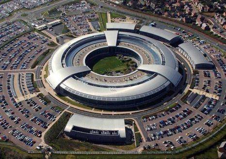 Uma imagem aérea da Sede de Comunicações do Governo (GCHQ) em Cheltenham, Gloucestershire, uma das três agências de inteligência do Reino Unido. Foto do Ministério da Defesa, GCHQ / Crown Copyright