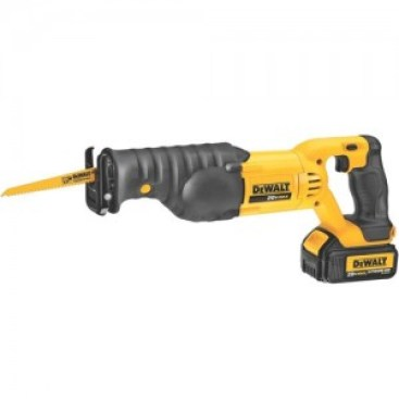 cordless reciprocating saw with battery