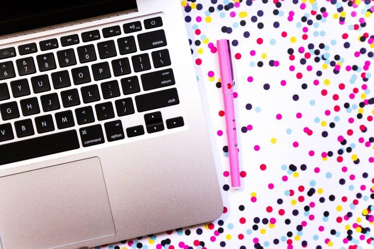 Darmowe i płatne zdjęcia stockowe na stronę i bloga. Zajrzyj teraz lub przypnij na później!