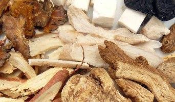 Soupe ba zhen tang : aide à traiter les problèmes pulmonaires