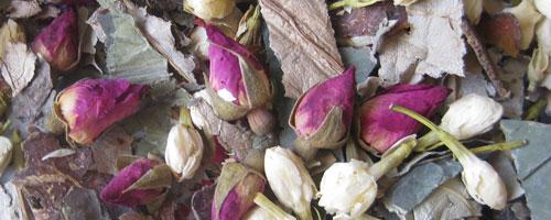 Tisane diurétique au jasmin, à la rose et au lotus – 二 花 荷 葉 茶