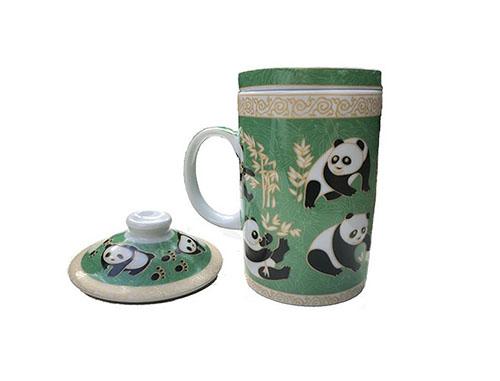 tasse a the aux pandas