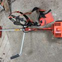 Husqvana strimmer 225R with blades too for brushwood