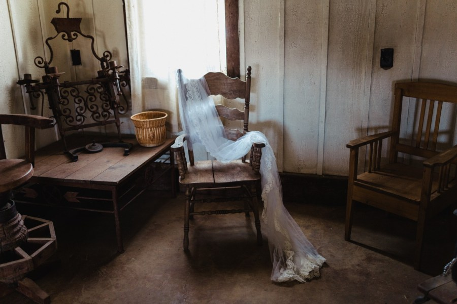 Kandace Photography | Sentimental Bride Remembers her Mom in a Special Way on Her Wedding Day