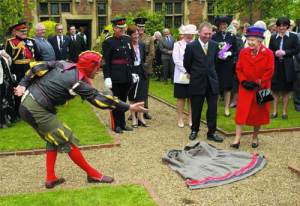 Peterkin the Fool meets the Queen at Muncaster Castle