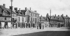 AOS P 1817 A superb panorama showing the Market Place at Market Deeping around 1910.