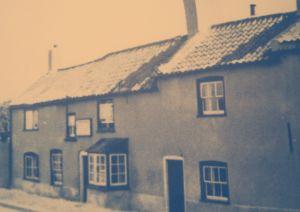 AOS P 1920 the cross keys pub west pinchbeck 1948