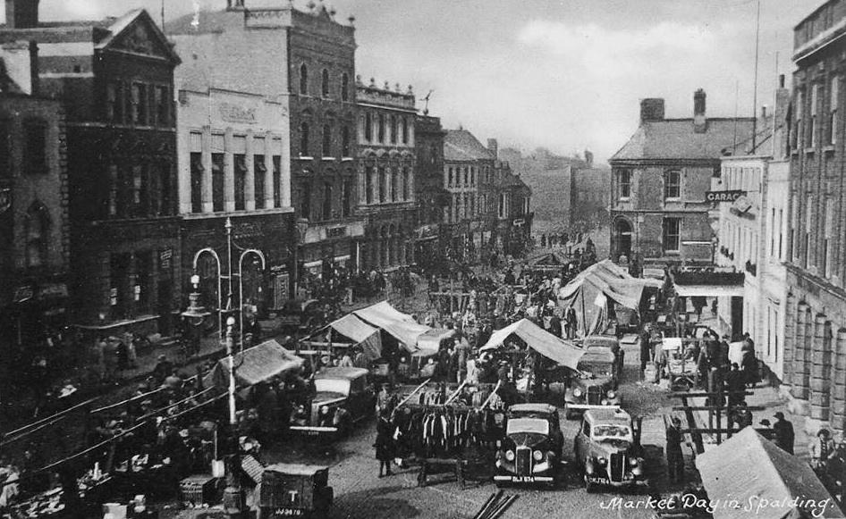 Spalding Market Place -1940's