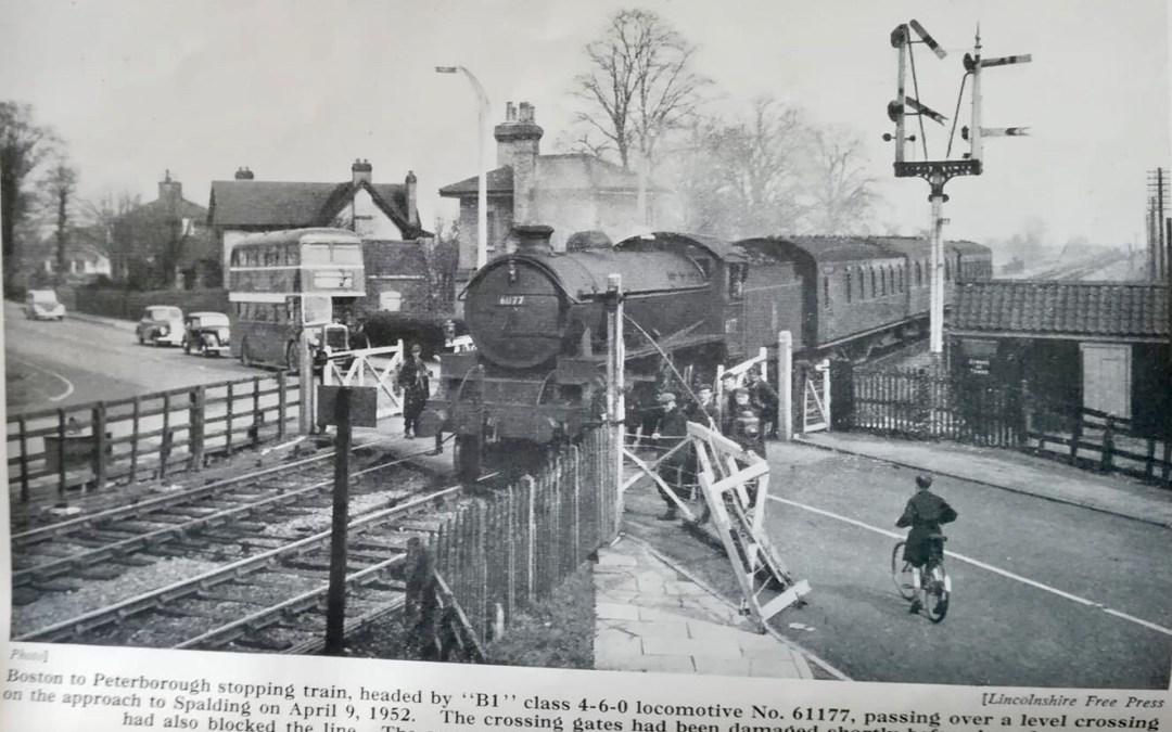 Pinchbeck Rd Railway Crossing – 1952