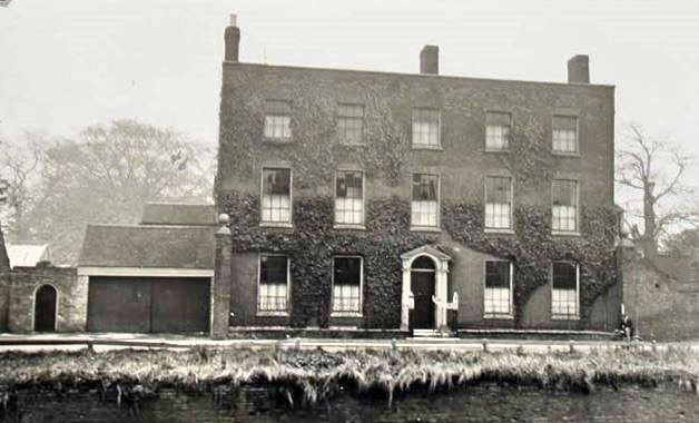 Yew Tree Lodge – 1941