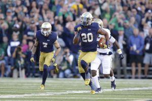 Notre Dame running back C.J.  Prosise runs for a touchdown against Georgia Tech. (Michael Conroy / AP)