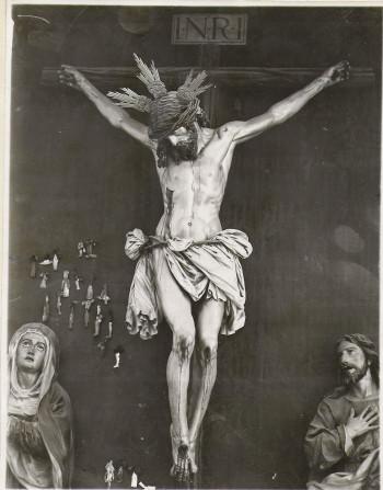 Cristo con corona y potencias